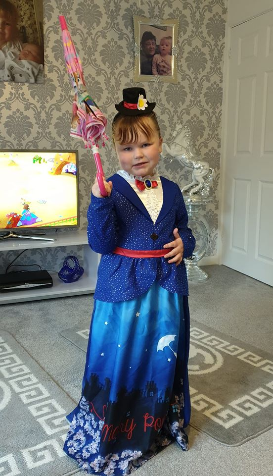 Droitwich Advertiser: Bella-betsy crawley, 4 years old, Birchen coppice school as Mary Poppins