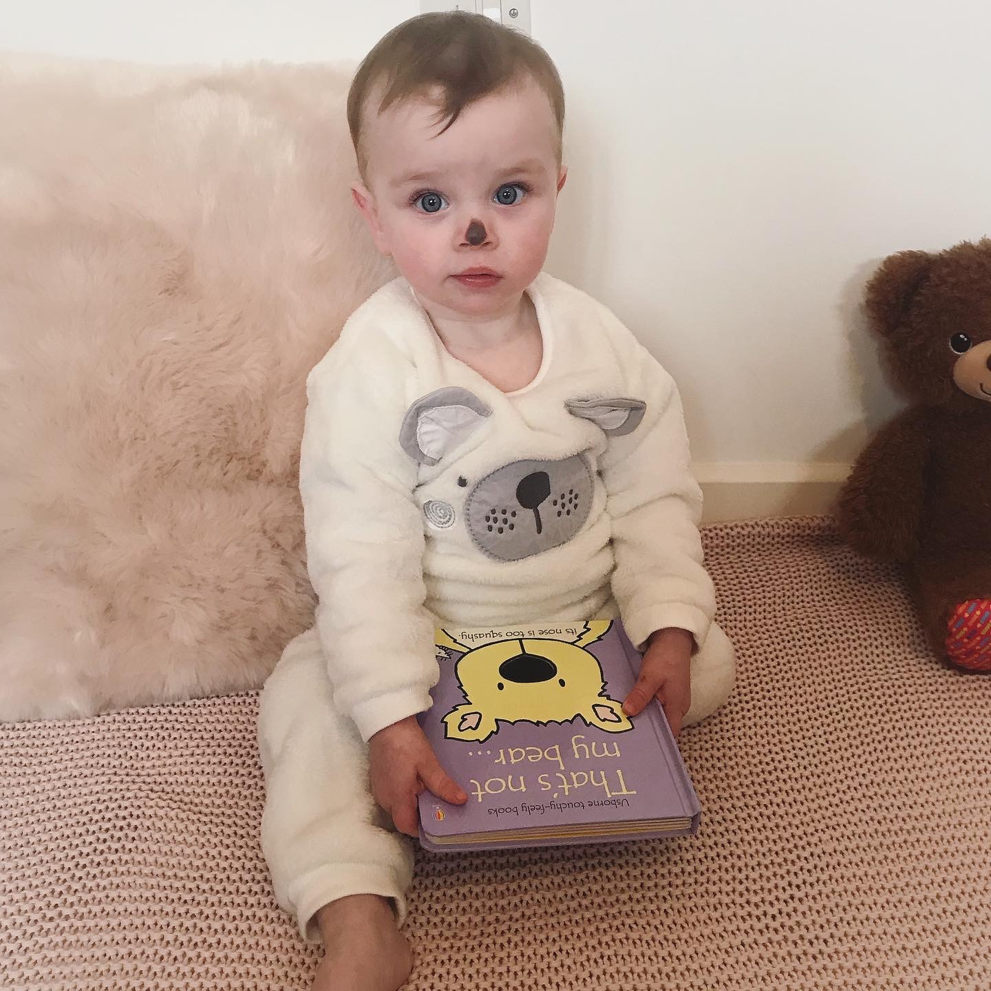 Droitwich Advertiser: I totally forgot it was World Book Day but didn't want to let it pass without doing anything. So we improvised! Indie does genuinely love this book though, which helped! She loves sticking her tongue out, just like the polar bear in the book!