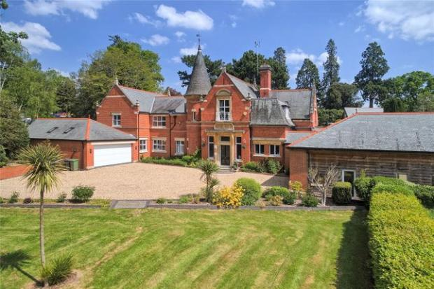 Droitwich Advertiser: Would you live in this five bedroom property? (Photo: Zoopla)