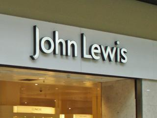 Droitwich Advertiser: John Lewis staff get 15% bonus after profits boost