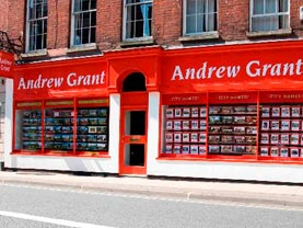 Droitwich Advertiser: Andrew Grant Country Homes office