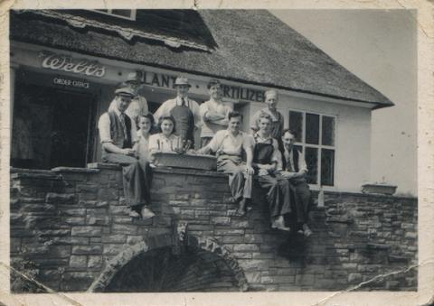 Webbs staff outside the famous thatch building by Braziers of Bromsgrove in 1947.