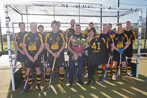 Backing: The Riflemans Arms landlady Trudy Thomas and husband Chris with Droitwich Spa men's thirds team. Picture: C