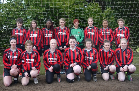 Champions: Droitwich Spa Lions under-17s Girls.