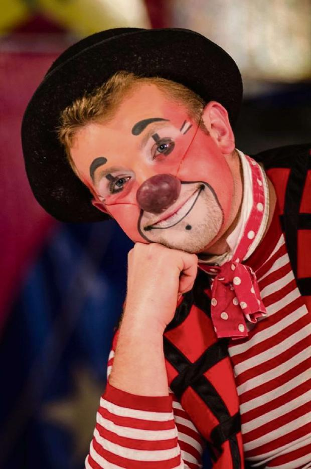 Droitwich Advertiser: Antonio the clown from Circus Ginnett. SP