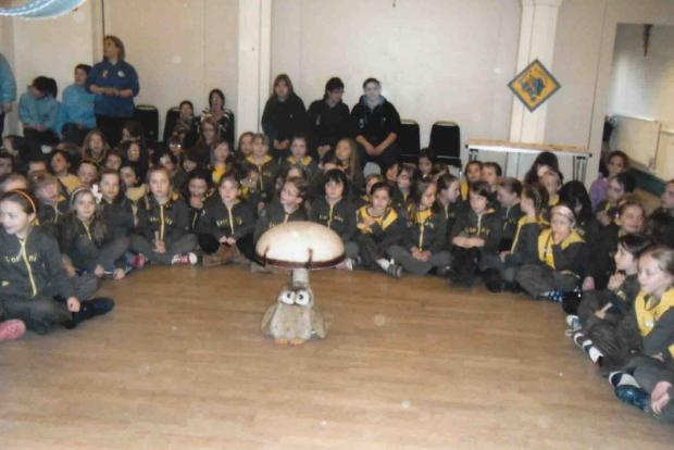 Droitwich Brownies enjoy their birthday party. SP