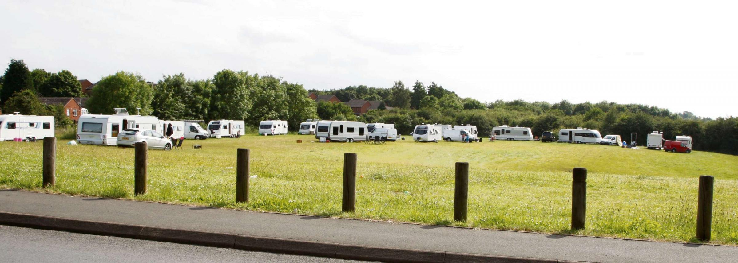 Sir Peter questions police powers to evict Gyspy camp in Droitwich
