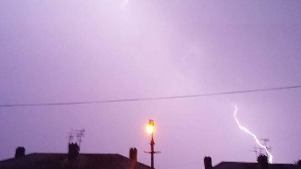 Droitwich Advertiser: Lightning by Michael Beckley