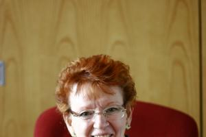Apologies and correction: Tribute to Councillor Glenise Noyes