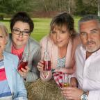 Droitwich Advertiser: Drizzle and Mary Berry's gin face: what a double whammy from the first episode of Bake Off