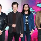 Droitwich Advertiser: See Kings Of Leon's new video for WALLS