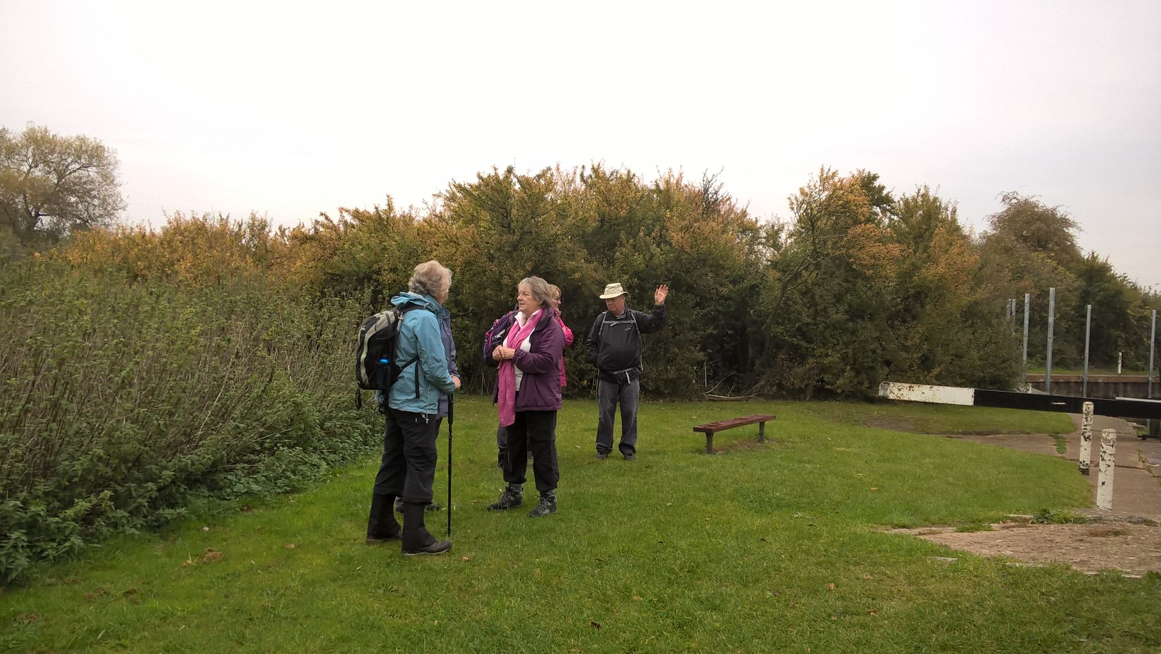 Stoke Wharf the Canal and Hanbury Hall Walk with Worcester Ramblers