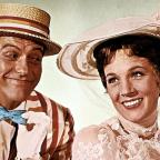Droitwich Advertiser: Dick Van Dyke praises Emily Blunt's performance as Mary Poppins after filming sequel
