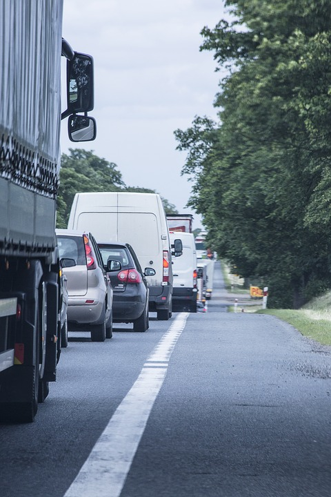Avoid the rush hour hot-spots with our traffic updates