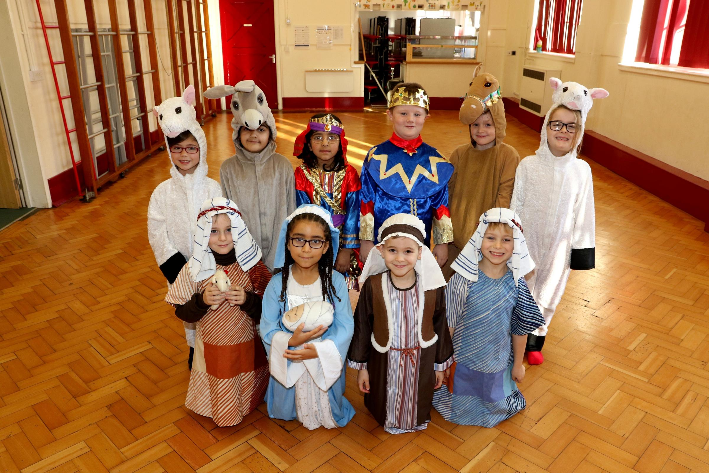 4615965901 Paul Jackson 12.11.15 Worcester - Nativity, St George's C of E Primary School, The Nativity..