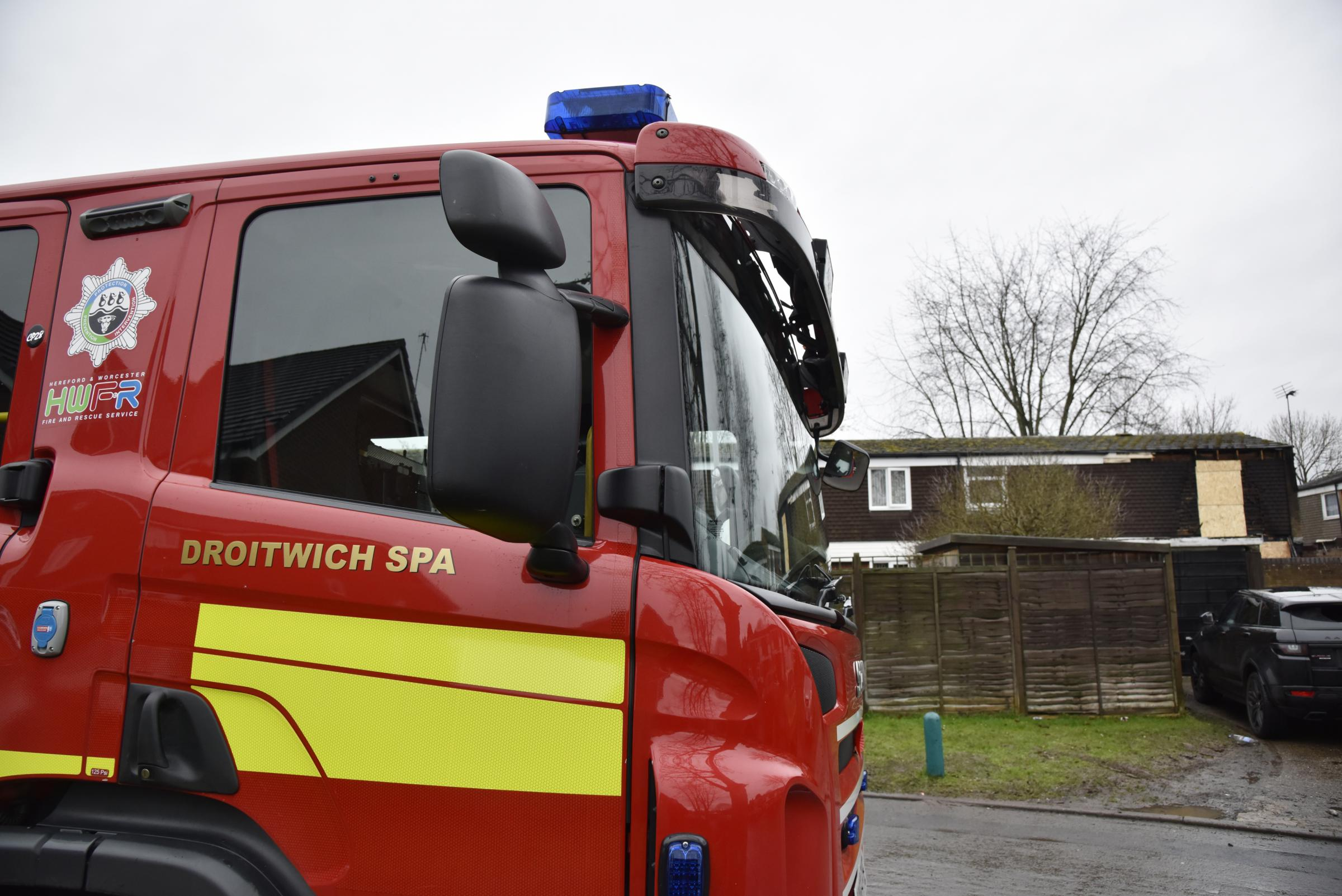 House fire at Woonmans Rise, Droitwich fire engine...ENDS..Picture by David Griffiths.