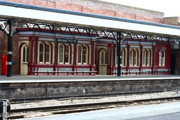 Signal fault causing train delays and cancellations between